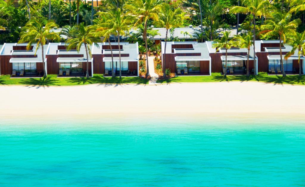 hayman beach-villa-exterior-38702