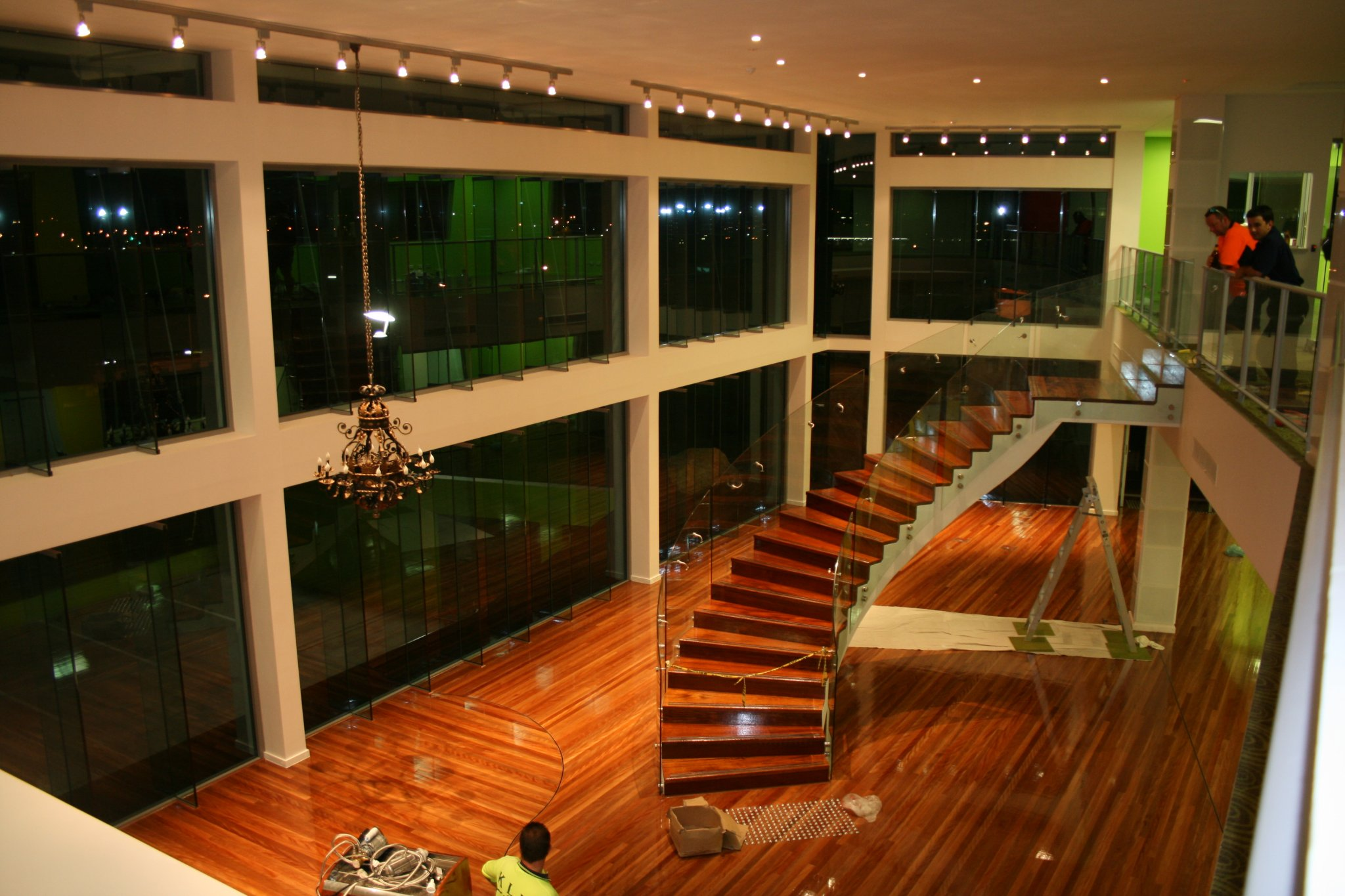 Window design solutions supplying and installing high for Window design solutions